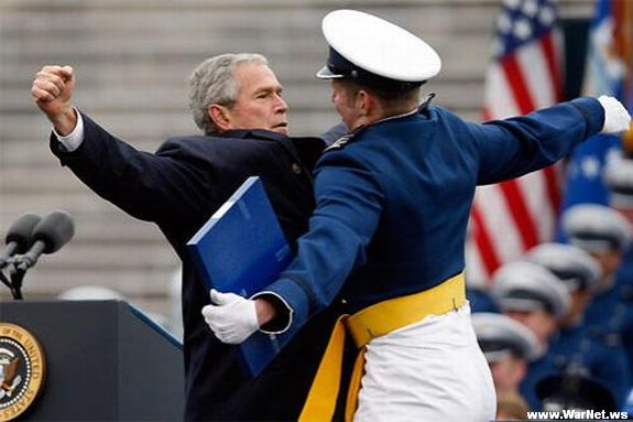 Буш снова жжет